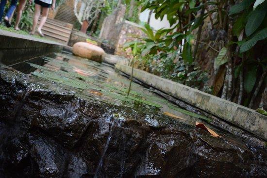 The Tubkaak Krabi Boutique Resort: Natural stream
