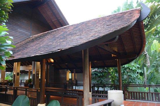 The Tubkaak Krabi Boutique Resort: Front lobby entrance