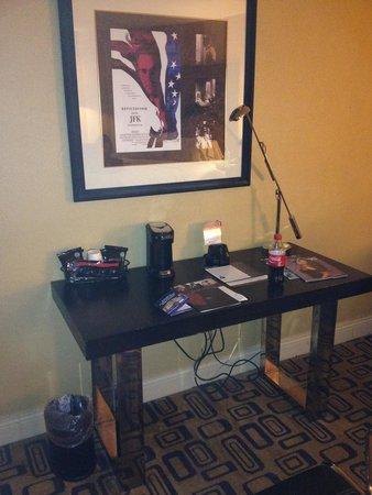 Planet Hollywood Resort & Casino: desk