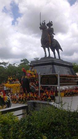 Huay Mongkol Temple : King Rama V statue