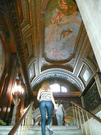 New York Public Library: Subiendo...