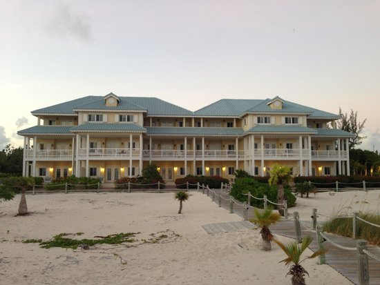 Beach House Turks & Caicos: The Beach House property from behind