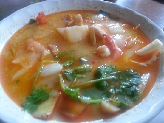 Restauran Jeanette's: Nice Tom Yam but prawns not too fresh