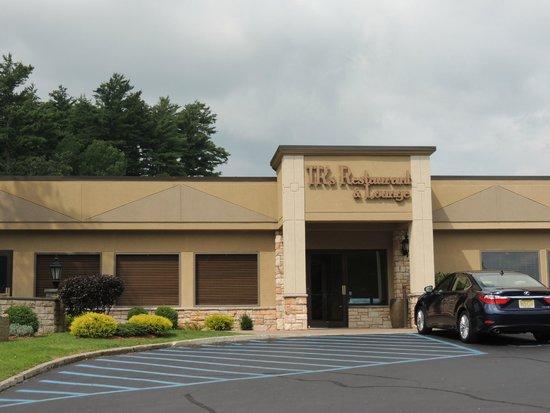 Holiday Inn Resort Lake George: Hotel restaurant on site