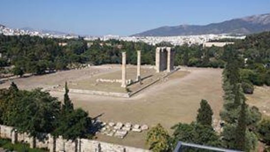 The Athens Gate Hotel: Temple of Zeus