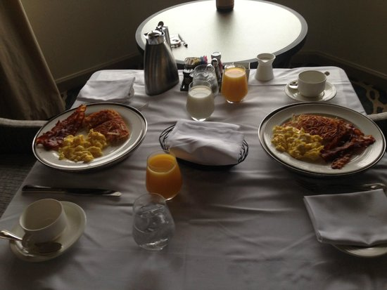 The Westin St. Francis San Francisco on Union Square: Room Service for breakfast
