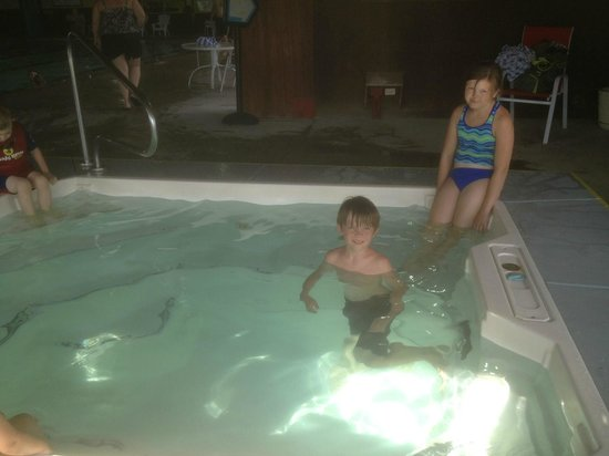 Wyndham Pagosa : Recreation center hot tub