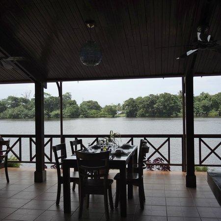 Tortuga Lodge & Gardens : Dining room