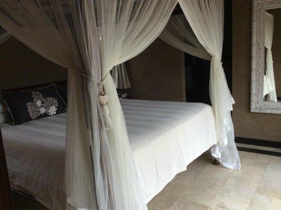 Rumours Luxury Villas and Spa: Bedroom