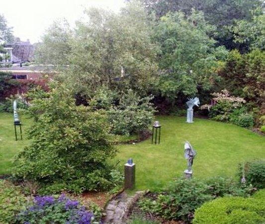 Groningen, Nederland: Prachtig Beelden tuin