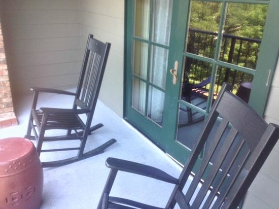 Grand Hotel Marriott Resort, Golf Club & Spa: Rocking chairs on our balcony