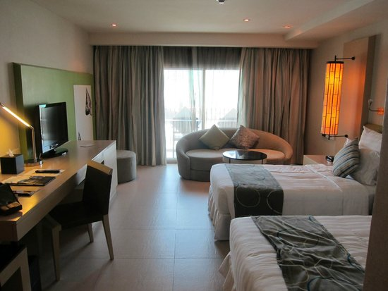 Millennium Resort Patong Phuket: Full room view