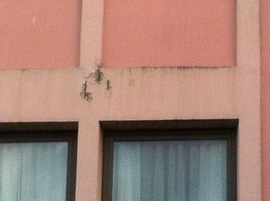 Kyriad Orly Aeroport - Athis Mons : etat extérieur de l'hotel