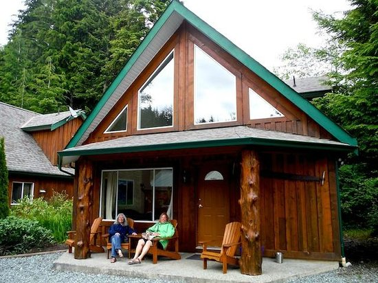 Trailhead Resort cabins for four or more guests