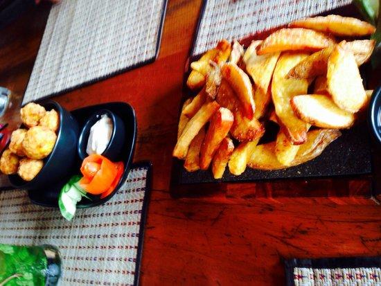 Spirit House Bar & Restaurant: Great menu
