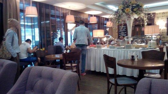 Arbat House Hotel: ресторан