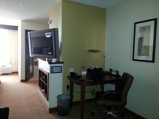 Hyatt Place Oklahoma City - Northwest: TV