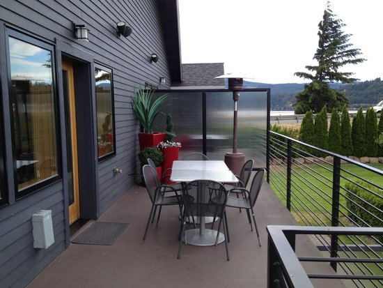 Best Western Plus Hood River Inn: Balcony on #7