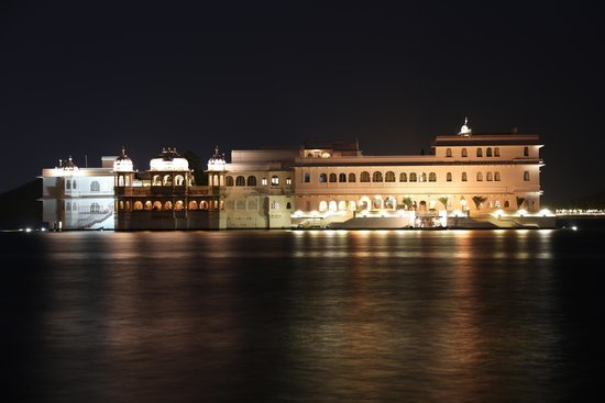 Taj Lake Palace Udaipur: Taj Lake Palace in its full glory
