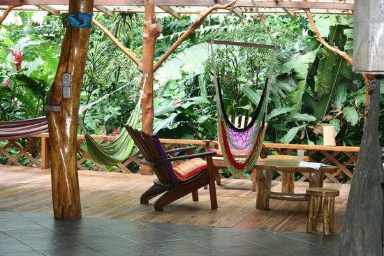 Casa Moabi : covered deck