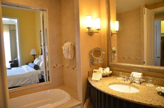 Sandpearl Resort: Bathroom