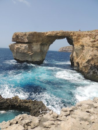 Paradise Bay Resort Hotel : azure window - Gozo island