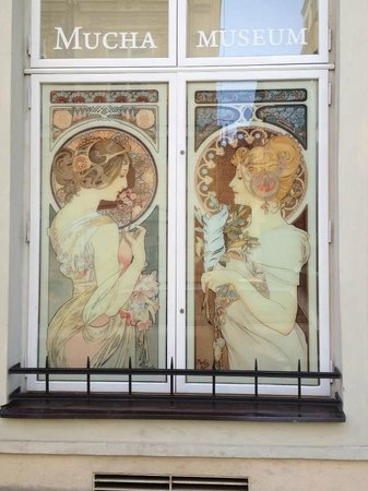 Mucha-Museum: Windows of two Alfons Mucha paintings.