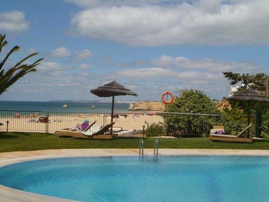 Hotel Oriental : poolside