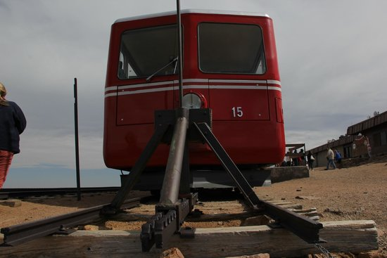 Pikes Peak Cog Railway : The end of the road at the top of the peak