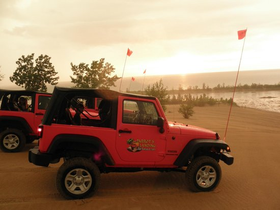 Parrot's Landing Jeep Rentals and Tours : Sunset overlooking Lake Michigan from Silver Lake Sand Dunes