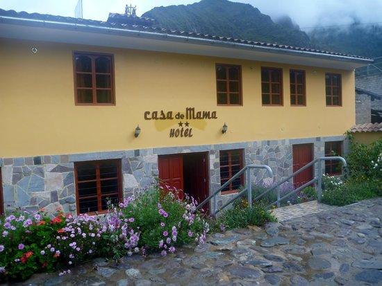 Hotel Casa de Mama Valle: The main entrance
