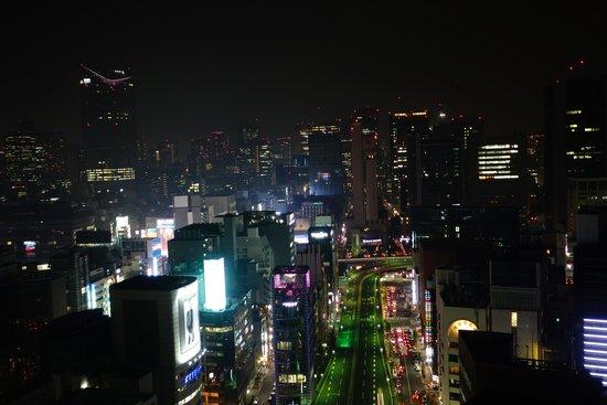 Mitsui Garden Hotel Ginza Premier: window view from 22 floor