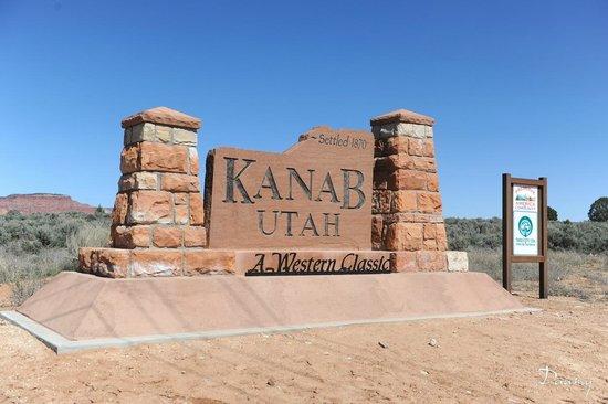 Holiday Inn Express Hotel & Suites Kanab: panneau de la ville