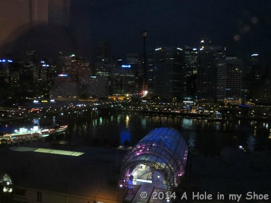 Novotel Sydney on Darling Harbour : View at night from the room