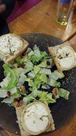 Bassegoda Park: Como se puede servir una ensalada así?