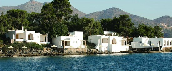 Minos Beach art hotel : villas water front with private pool