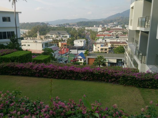 Sugar Palm Grand Hillside : Вид на город