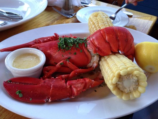 Seafood Peddler : Mon & Tues lobster special. Incl whole lobster, a whole corn on the cob, coleslaw AND clam chowd
