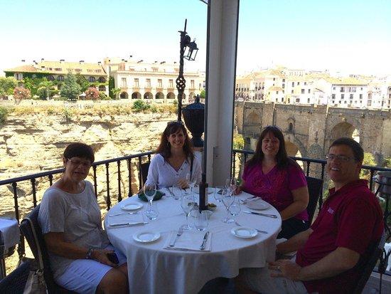 Restaurante Albacara: Lunch on the balcony!