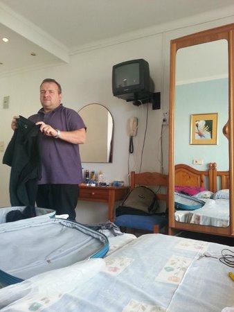 Hotel Pinomar: Room
