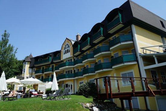 Maiers Kuschelhotel Loipersdorf Deluxe: Pool - Hotel