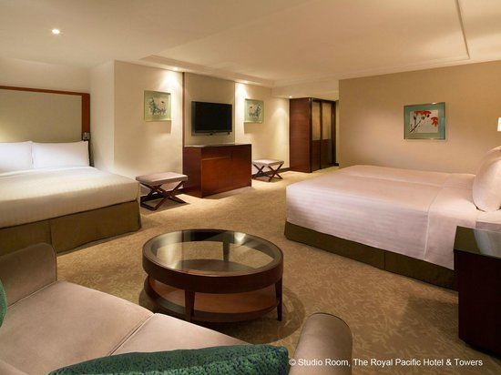 The Royal Pacific Hotel & Towers: Studio Room (Family Selections)