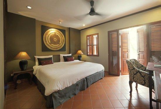 Hotel Villa Deux Rivieres: River View Room.