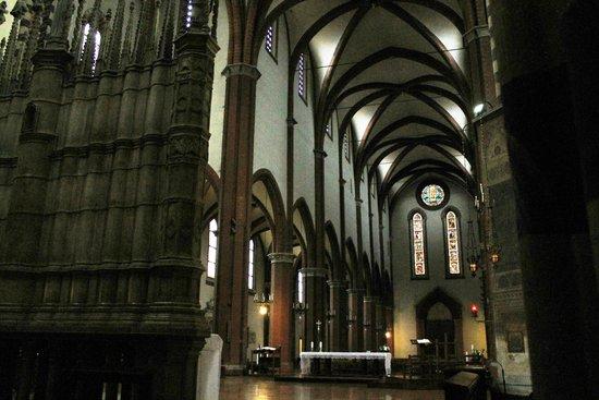 Basilica San Francesco: Interno Basilica di S.Francesco (BO)