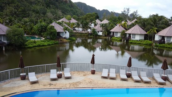 Peace Laguna Resort: Picturesque stay