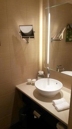 Hilton Garden Inn Davos: ванна