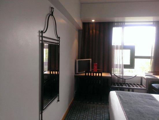 SANA Executive Hotel: №702