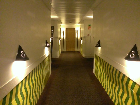 SANA Executive Hotel: Коридор, 7 этаж