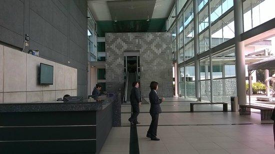 Royal Selangor Visitor Centre: entrance to visitor centre