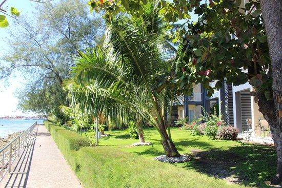 Heritage Park Hotel Honiara: Grounds